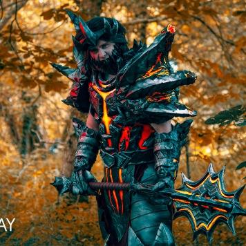 cosplay magazine uk Deathwing World of Warcraft cosplay uk costume comic con video game